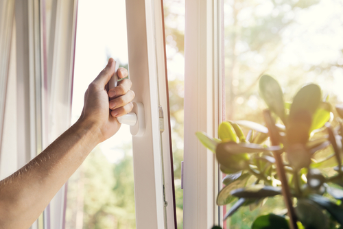 Are Windows Without Grills Safe?