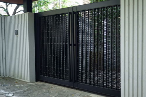 What Is The Best Material For A Gate?